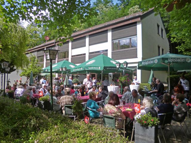 Naturfreundehaus Fuchsrain beim 100-Jahre-Jubiläum der Ortsgruppe Stuttgart Osten